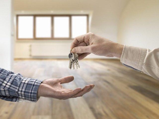 Когда можно подарить подаренную квартиру чтобы не платить налог