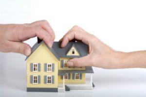 Как мужу подарить жене квартиру, купленную в браке