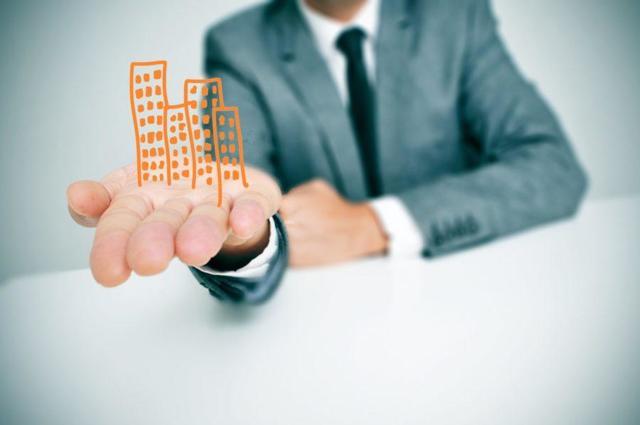 Сколько стоит договор дарения квартиры у нотариуса в 2020 г.