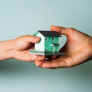 Можно ли продать квартиру по свидетельству о наследстве без регистрации
