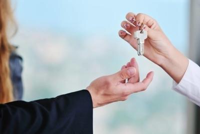 Как продать свою долю в квартире другому (второму) собственнику