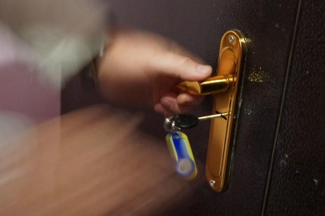Как узнать бывших собственников квартиры - онлайн метод