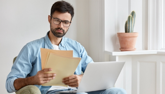 Когда обязателен нотариус при покупке квартиры, примеры