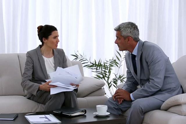 Кто может претендовать на покупаемую квартиру и захочет потом оспорить сделку